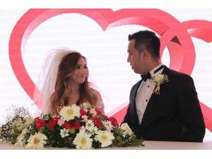 Edirne'de 2016 Yılı Sevgililer Günü'nün En Son Evlenenleri Olarak Tarihe Geçtiler