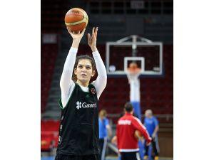 Basketbolda A Milli Kadın Takımı, ilk antrenmanını yaptı