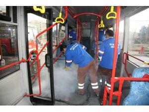 Büyükşehir, Otobüsleri Dezenfekte Ediyor