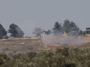 Suriye'de YPG bölgesinden ateş açıldı, obüsler karşılık vermeye başladı