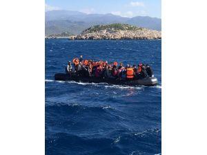 Kaş'tan Meis Adası'na Geçmeye Çalışan 47 Suriyeli Göçmen Yakalandı