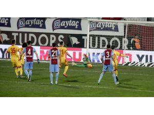 Trabzonspor: 2 – Kayserispor: 0 (İlk yarı)