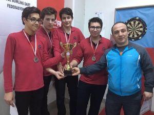 İhlas Koleji Dart Takımı Türkiye Şampiyonası'nda İstanbul'u Temsil Edecek
