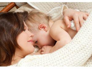 Uzman Diyetisyen, Anne Sütünü Arttırmanın Püf Noktalarını Anlattı