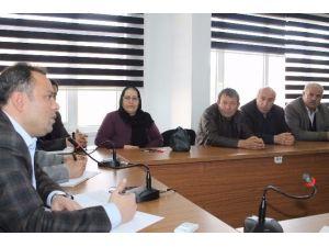 Aksaray'da, AK Heyet Köy Muhtarları İle İstişare Yaptı