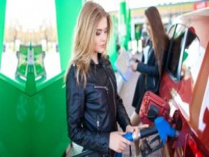 Petrolde Kritik Gelişme! Petrol Bakanları Arzı Dondurma Kararı Aldı