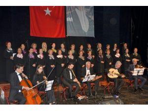 Kocaeli Büyükşehir Belediyesi Bayanlar Türk Müziği Topluluğu'ndan Muhteşem Konser