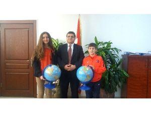 Şampiyon Öğrencilerden Kaymakam Özarslan'a Ziyaret