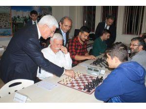 Karaman'da Kurumlar Arası Satranç Turnuvası