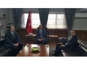 Din-bir-sen'den Vali Taşyapan'a Ziyaret