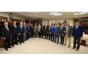Başkan Karaosmanoğlu, ''Dedelerimizden Allah Razı Olsun''