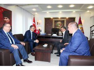 Rektör Şahin'den Başkan Tutal'a Taziye Ziyareti