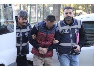 Asansörde Tacize 2.5 Yıl Hapis