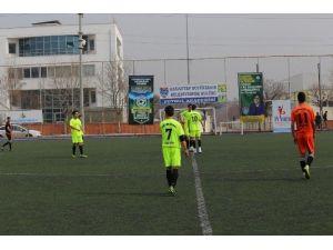 """Genç Yetenekler """"Başkanlık Kupası""""nda Yarışıyor"""