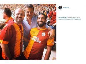 Arda Turan'dan Galatasaray'a Destek