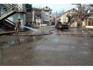 Karabük'te Yollar Yıkanıyor