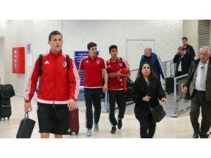 Mersin İdmanyurdu, Beşiktaş maçı için İstanbul'a geldi