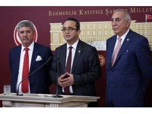 CHP'li Bülent Tezcan: Meclis Başkanı komisyonu 'nihayete erdirdi'