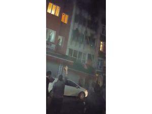 Yangındaki can pazarı cep telefonu kamerasında