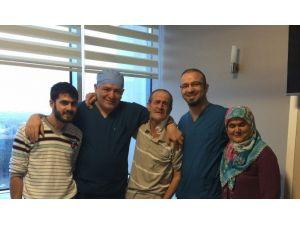 """""""İyileşmez"""" Denen Şah Damarı Felçli Hasta 1 Haftada Ayağa Kalktı"""