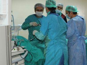 Gazi'de Böbrek Taşına Ameliyatsız Çözüm