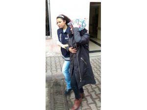 Altınlarla Kaçmaya Çalışan Suriyeli Gelin Otobüste Yakalandı