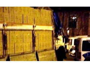 Bandırma'da Bir Kamyon Kaçak Sigara Ele Geçirildi
