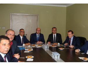 Başkan Köşker, AK Partililer İle Projeleri Değerlendirdi