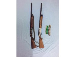 Manavgat'ta Ruhsatsız Silah Ve Uyuşturucu Operasyonu