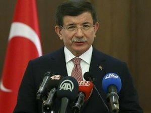 Başbakan Davutoğlu'ndan anayasa komisyonu açıklaması