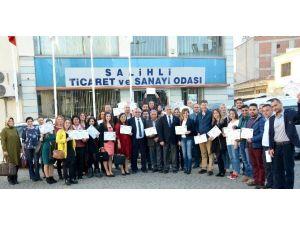 Salihli'de 54 Girişimci Adayı Sertifika Aldı