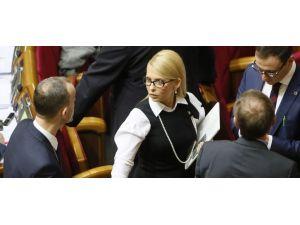 Ukrayna'da hükümet krizi: Timoşenko koalisyondan çıktı