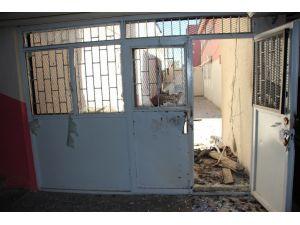 Nusaybin´de 2 okul binası yakıldı