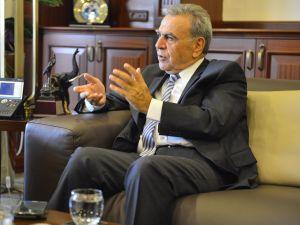 İzmir Büyükşehir'in Ankara'da bekleyen konuları Bakan Sarı'ya aktarıldı