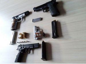 Sakarya'da Kesinleşmiş Hapis Cezası Bulunan 30 Kişi Yakalandı