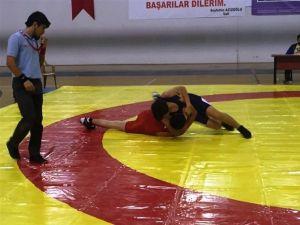 Güreş Gençler Türkiye Şampiyonası Bartın'da Yapılacak