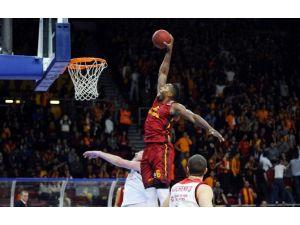 Joey Dorsey Galatasaray'dan Ayrılıyor