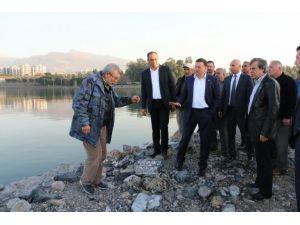 Başkan Savaş, Payas Balıkçı Barınağı alanında incelemelerde bulundu