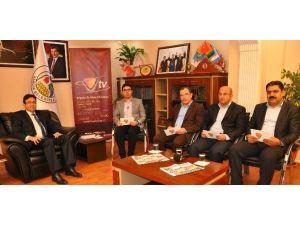 'Kürtlerin Temsilcisi AK Parti' İddiası