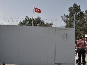 Mürşitpınar Sınır Kapısı geçişlere kapatıldı