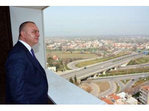 Başkan Ergün, Oda Ve Dernekler İş Kulesini İnceledi