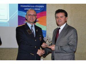 Meslekte Üstün Hizmet Ödülleri
