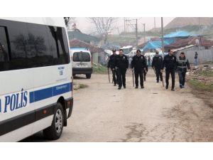Kandıra'da Roman Mahallesine Operasyon: 9 Gözaltı