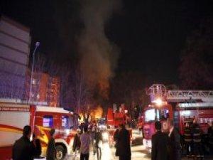 Patlamada Hasar Gören Araçlar Olay Yerinden Kaldırıldı