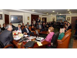 CHP il yönetiminden Başkan Karalar'a iade-i ziyaret
