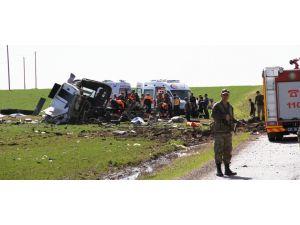 Askerleri taşıyan araca bombalı saldı: 6 şehit