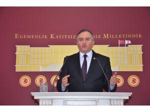 MHP'li Akçay: PKK şehirlere bomba doldururken ne yapıyordunuz?