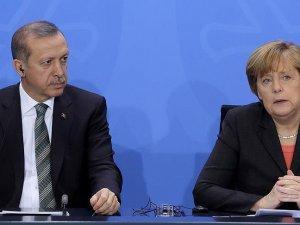 Almanya Başbakanı Merkel'den Cumhurbaşkanı Erdoğan'a taziye telefonu