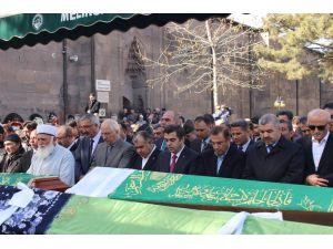 Antalya Valisi Türker'in acı günü