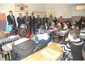 Kaymakam Sarı TEOG Sınavında Başarılı Olan Okulları Ziyaret Etti